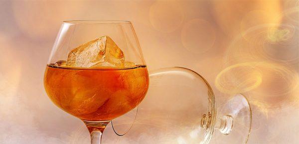 Brandy mit Honig