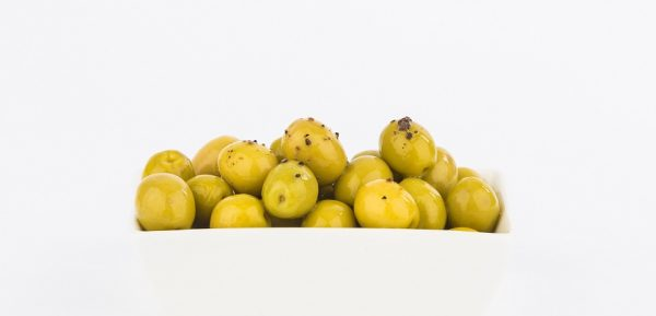 Manzanilla Oliven mit authentischen schwarzen Trüffeln